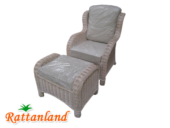 Ababa Wing Chair with Stool