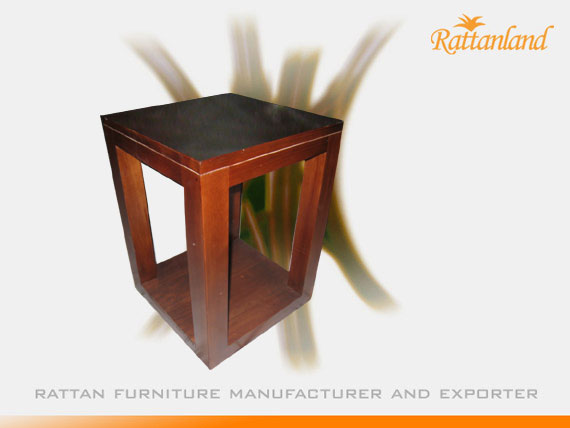 Quini End Table